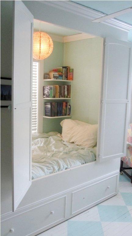 Built-in-nook-bed