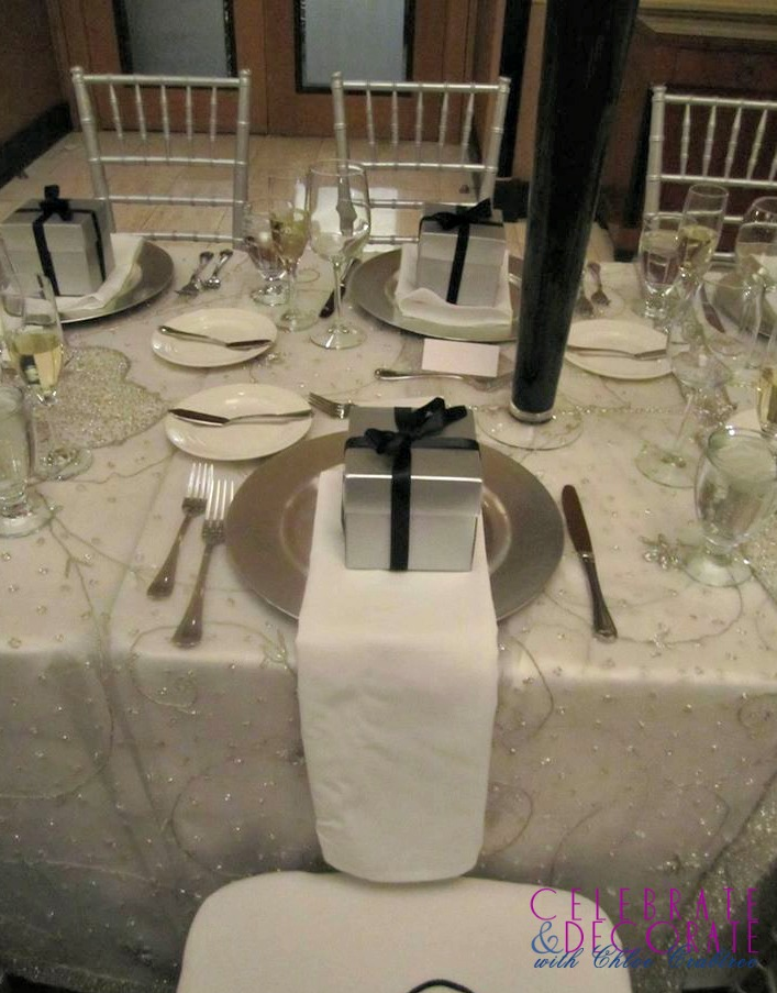Wedding table with favors..jpg