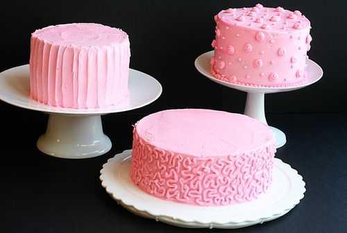 pink cakes, birthday cakes, valentine's cakes, frosting tutorial, decorating tutorial