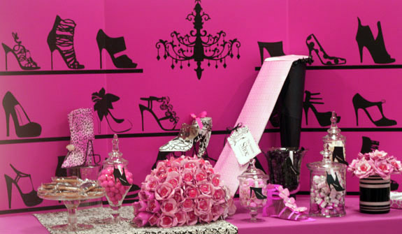 shoe party, diva party centerpiece