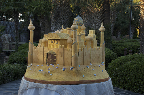 Sandcastle cake designed like Princess Jasmine's Palace