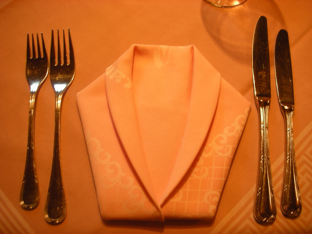 Folding Table Napkins : Napkin folding for Thanksgiving or Fathers day