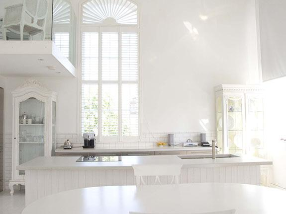 All White Interiors chloe at home ~ inspiring all white rooms - celebrate & decorate