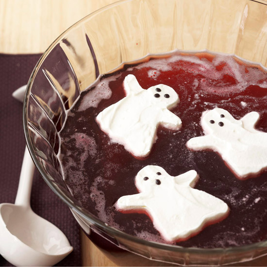 How to create these fun floating ghosts for floating on your halloween punch