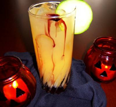 bloody halloween punch and lots of other halloween punch and drink recipes - Spiked Halloween Punch Recipes
