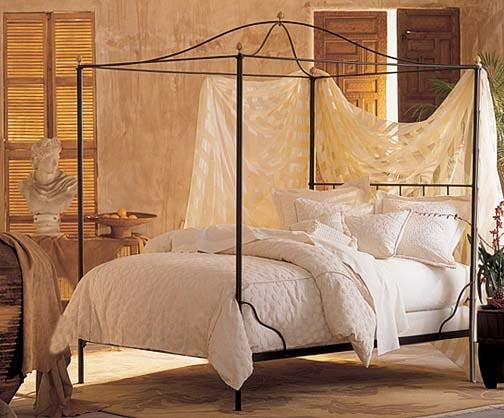 Metal canopy campaign bed