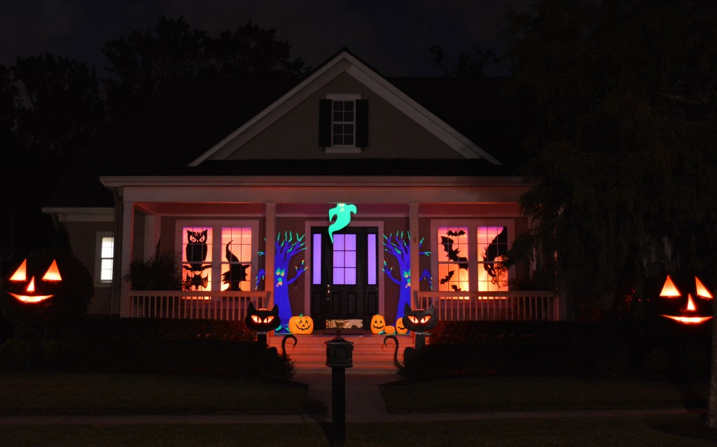 Chloe 39 S Inspiration Halloween Outdoor Decorations In Celebration Flori