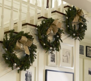 Holiday decor for a staircase