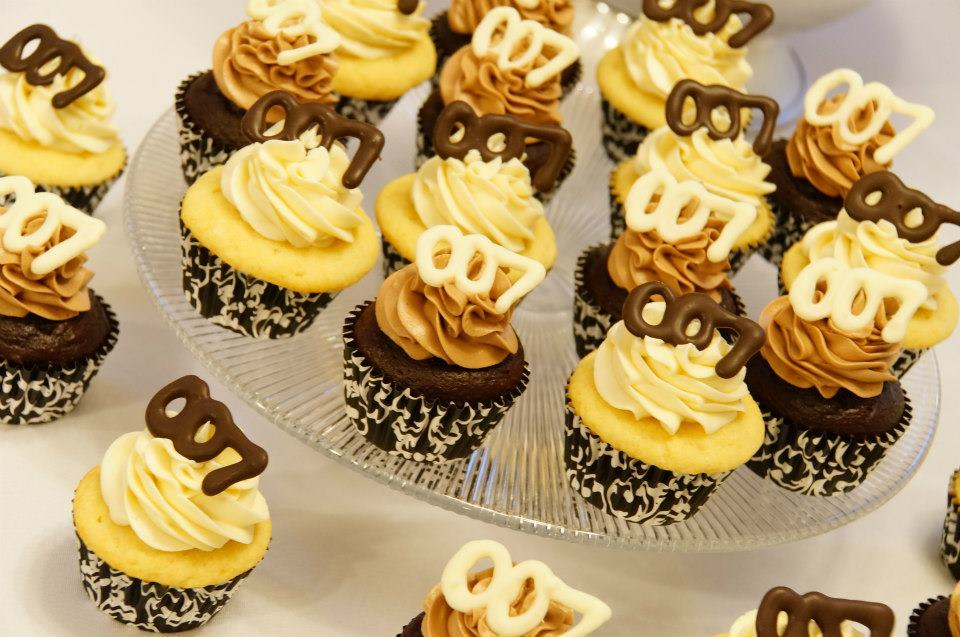 James Bond 007 Cupcakes
