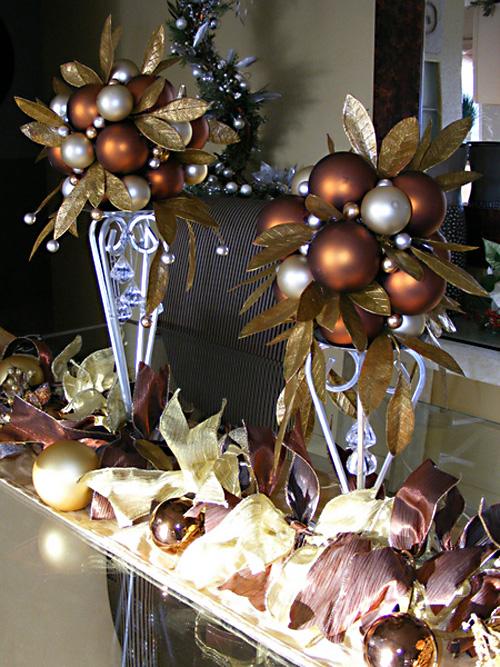 http://celebrateanddecorate.com/wp-content/uploads/2012/12/ornament9.jpg