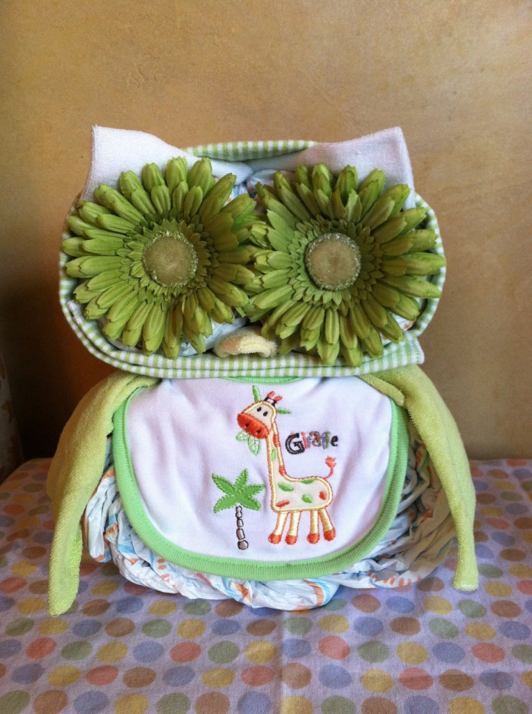 Chloe 39 s inspiration owl themed baby shower celebrate for Baby shower decoration diaper cake
