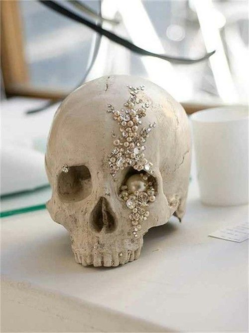 Glam Skull Decoration