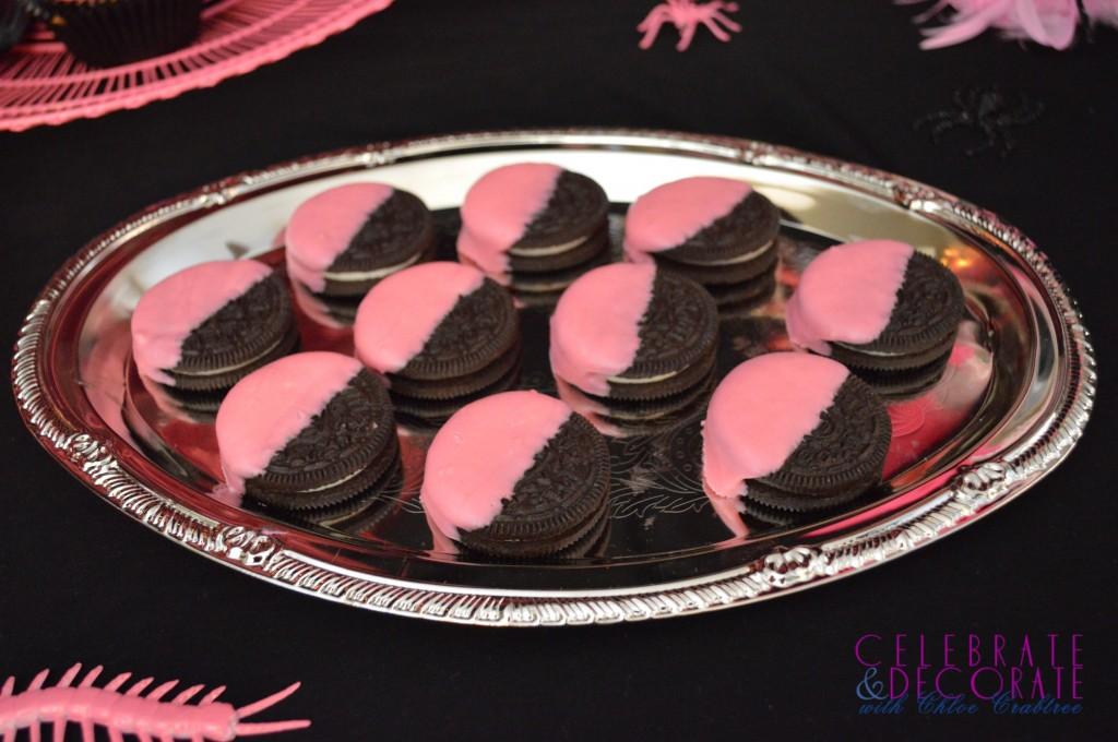 Pink dipped Oreos