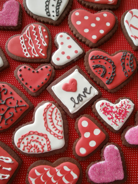 Valentine Cookies ~ The Busty Baker