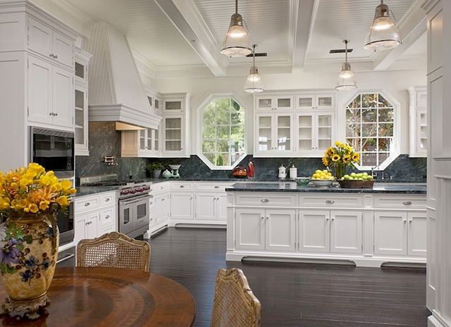 14 amazing kitchens that inspire celebrate decorate On amazing white kitchens