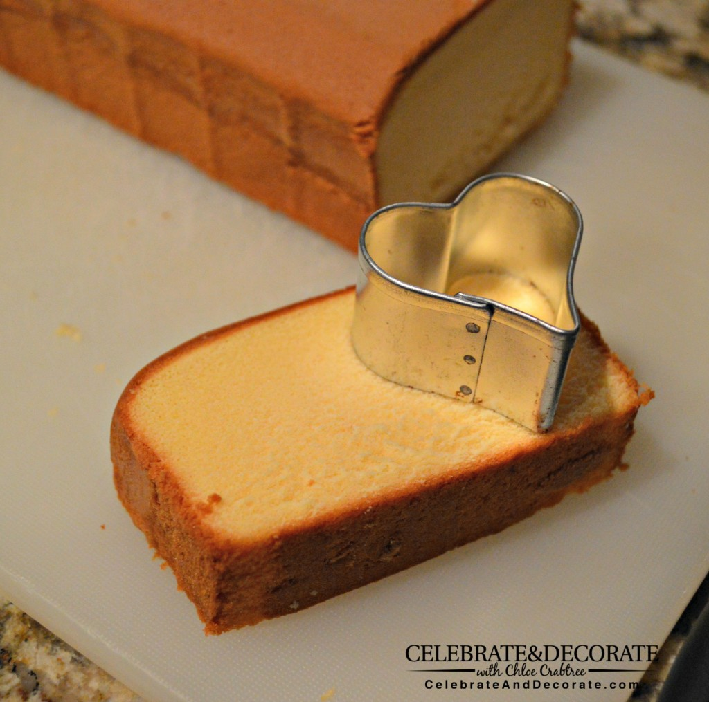 Cutting-shapes-out-of-pound-cake