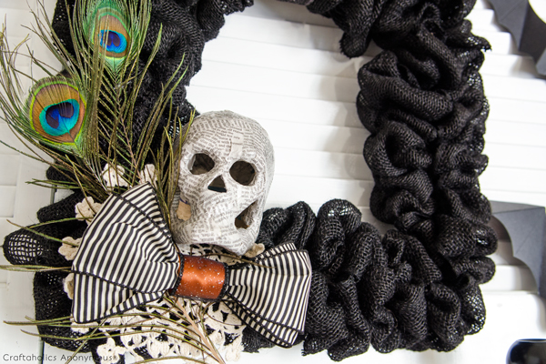 halloween-black-burlap-wreath