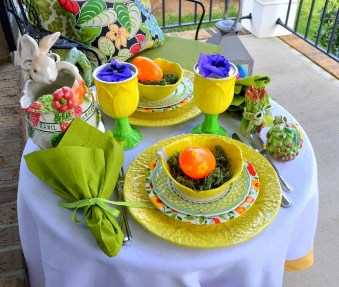 Charming-Tablescape