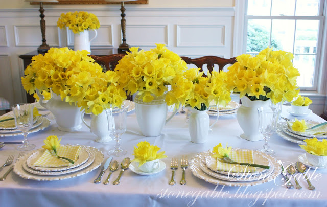 10 spring tablescapes for inspiration now - celebrate & decorate