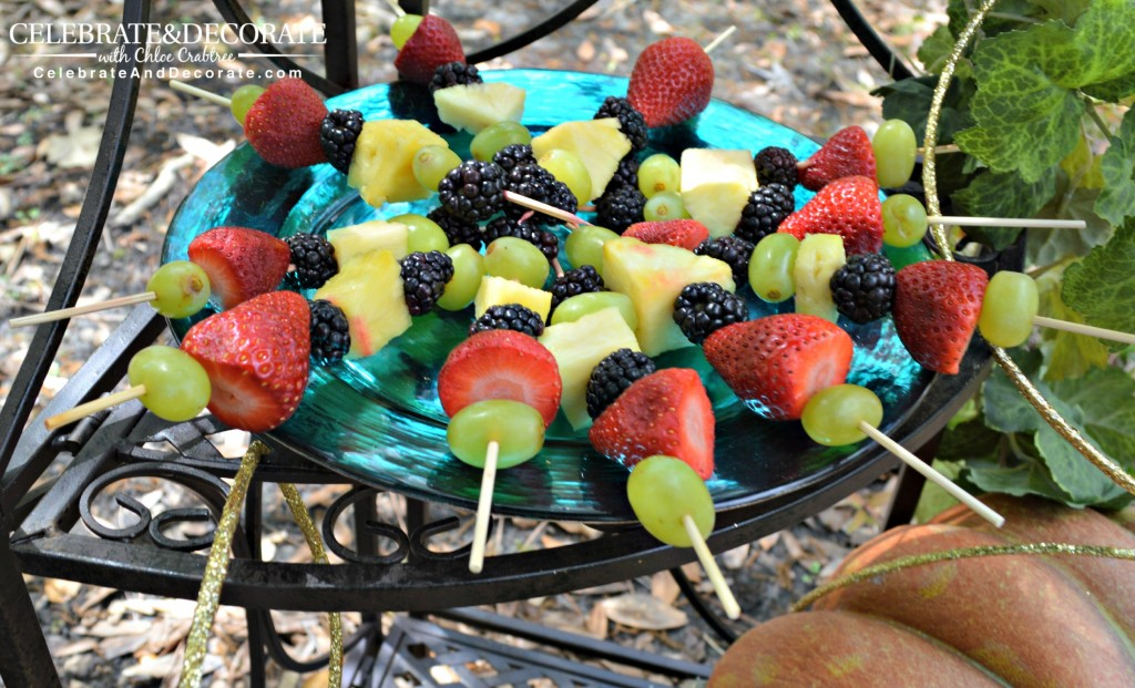 Fruit-skewers-for-a-tea-party