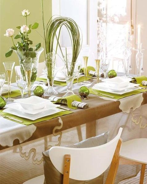 Spring-Green-tablescape