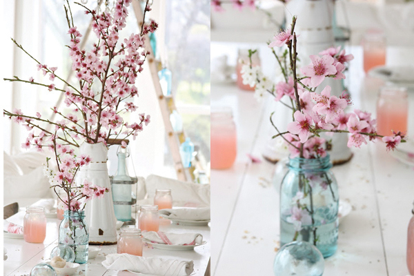 blue-mason-jar-and-cherry-blossom-tablescape