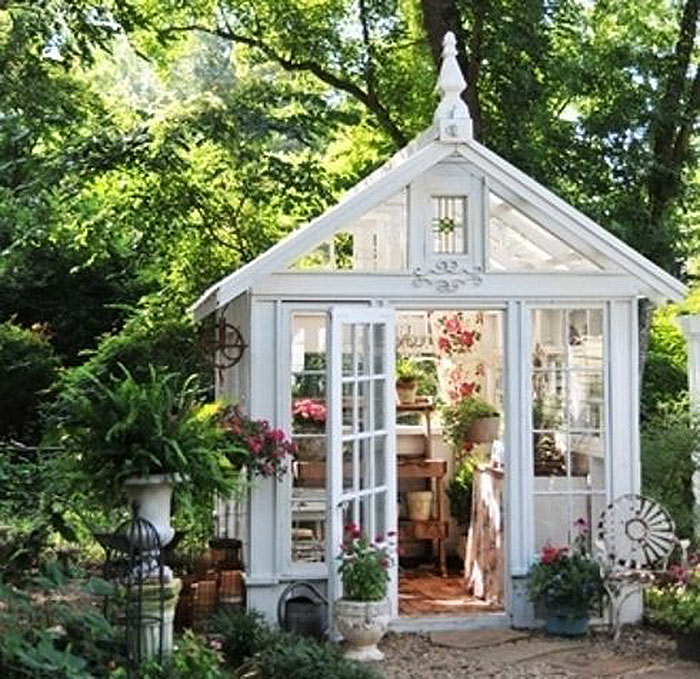 The small house movement and tiny living spaces for Sheds with living space