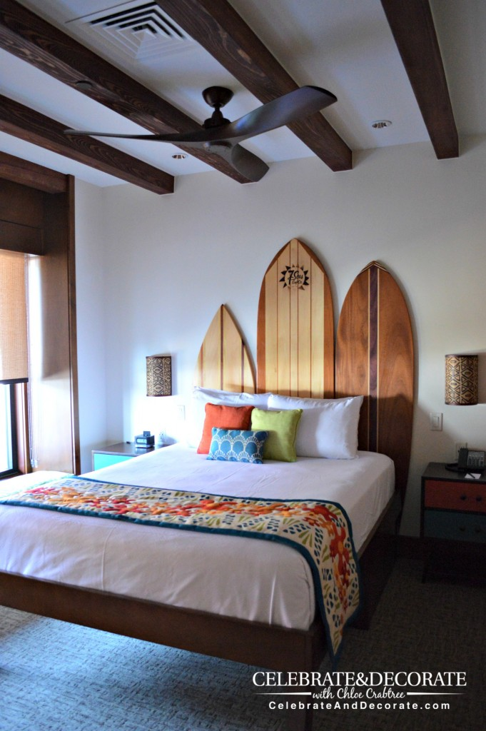 Guest-room-at-Disney's-Polynesian-Village-Resort-Overwater-Bungalows
