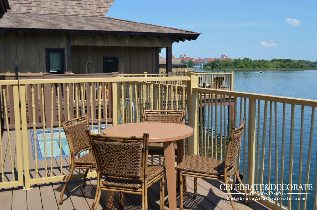 Overwater-Bungalow-at-Disney's-Polynesian-Village-Resort