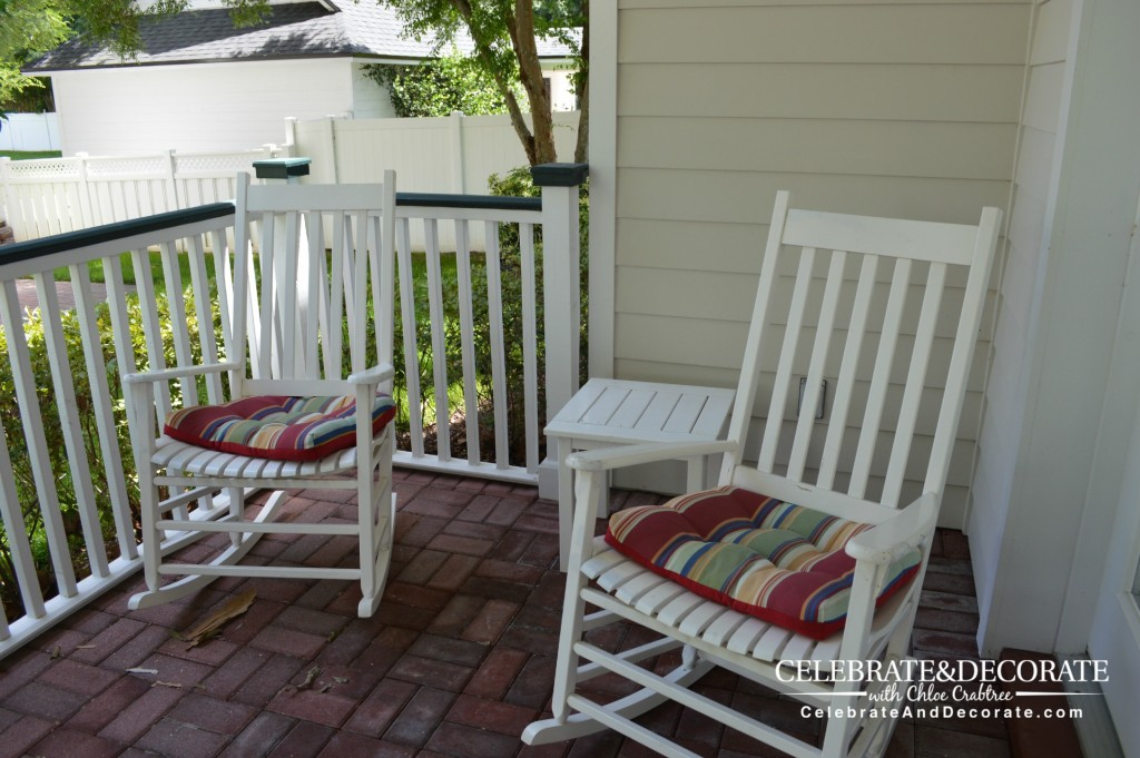 Rocking-Chairs-on-the-back-porch