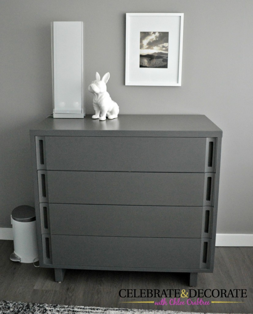 Vintage-gray-chest-of-drawers
