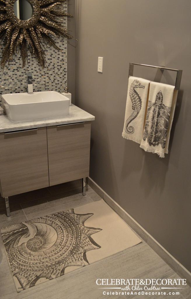 ohio-modern-condo-guest-bathroom-towels