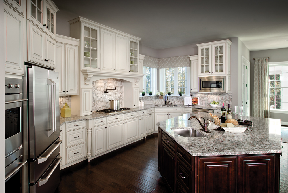 15 Inspiring White Kitchens Celebrate Amp Decorate