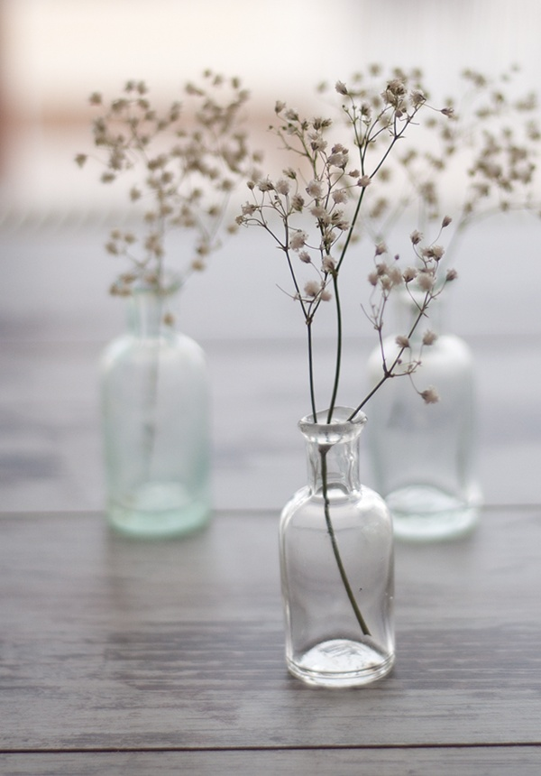 babies-breath-simple-centerpieces
