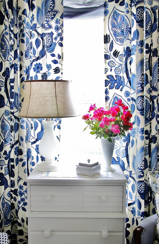 Blue_and_White_Curtains