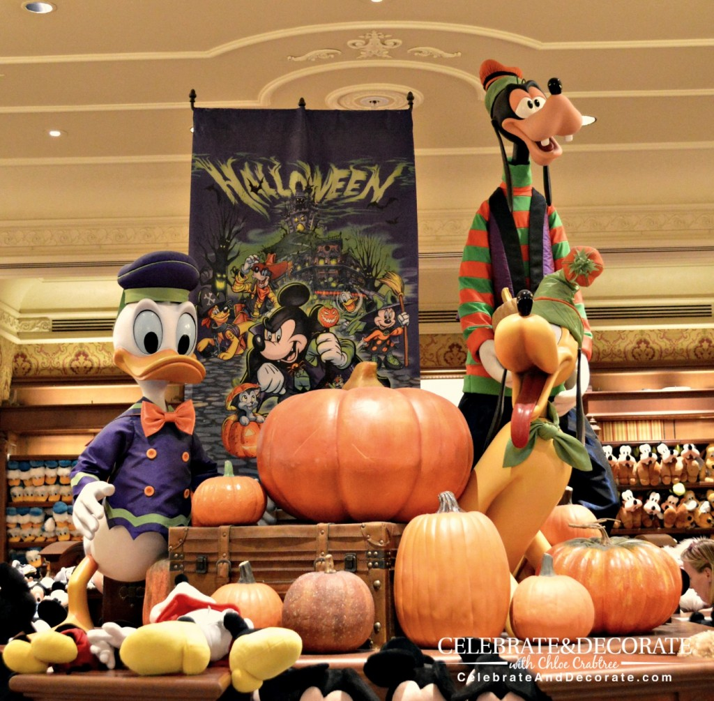 Mickey's Pals for Halloween
