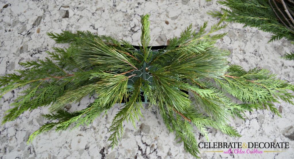 How to make an evergreen arrangement