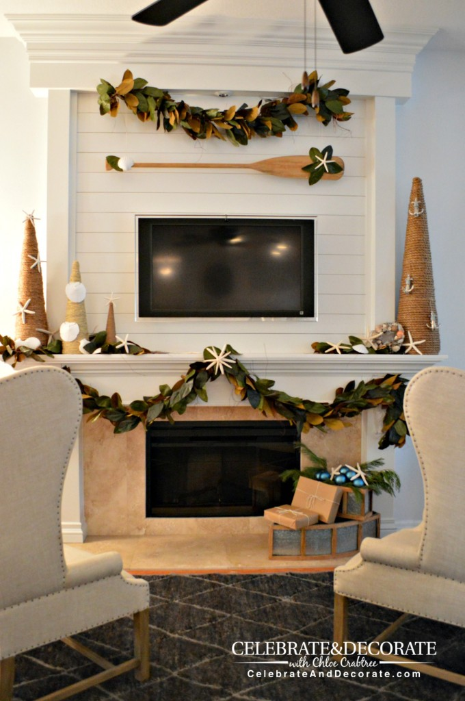 A Coastal Christmas Mantel