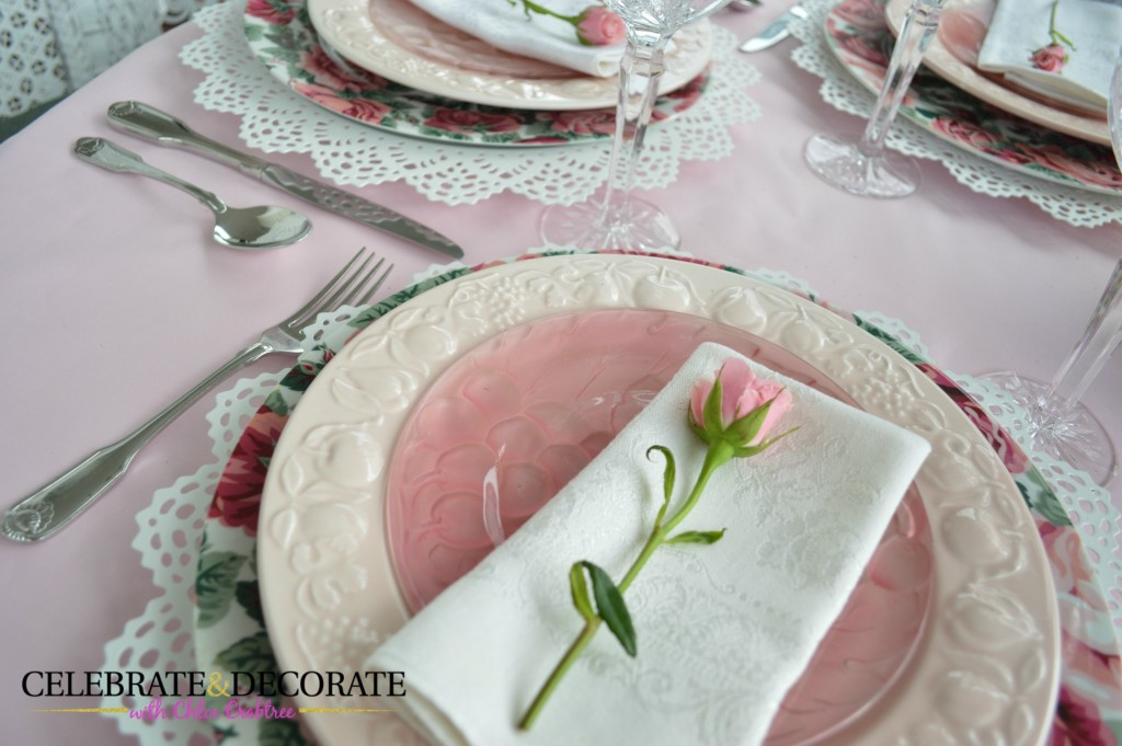 A pretty pink tablescape for Mother's Day