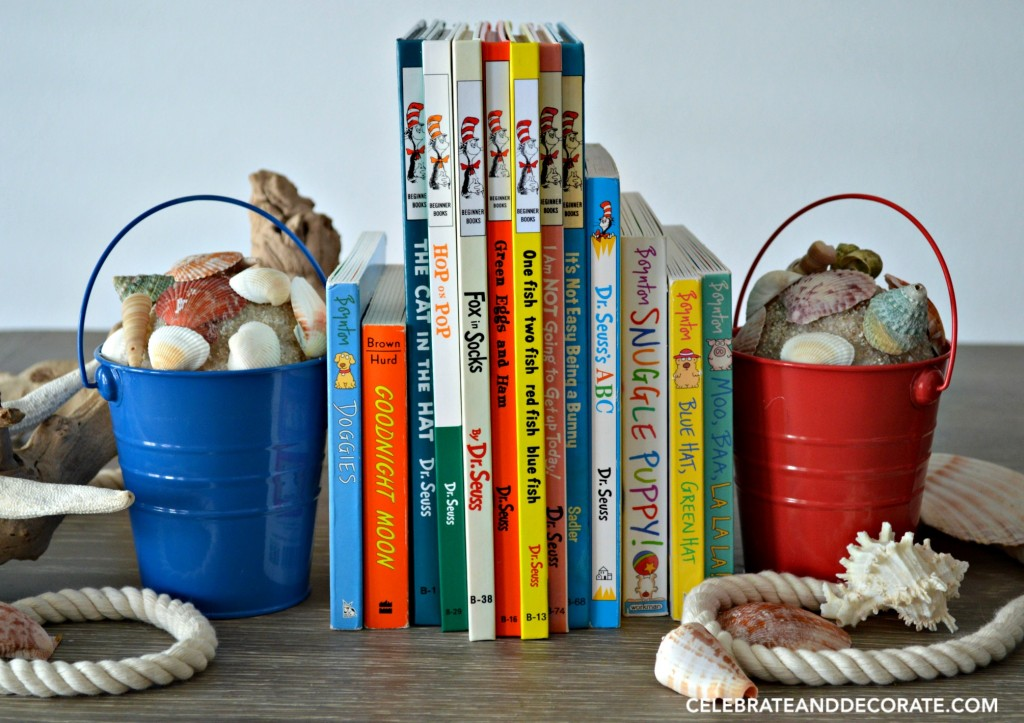 Beach pail bookends