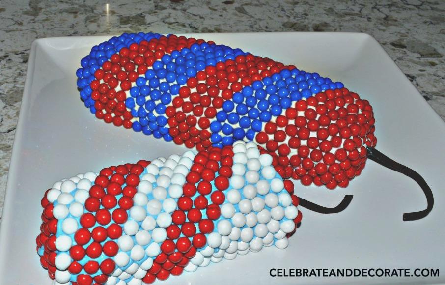 Pair-of-Firecracker-cakes-1024x6691