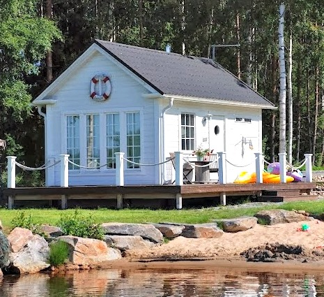 Tiny Swedish Cottage by the Sea