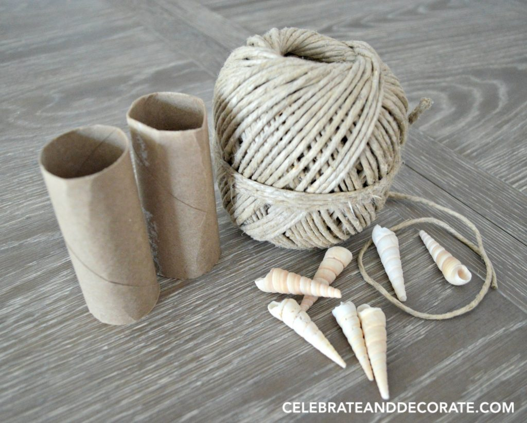 Diy coastal napkin rings celebrate decorate diy napkin rings solutioingenieria Images
