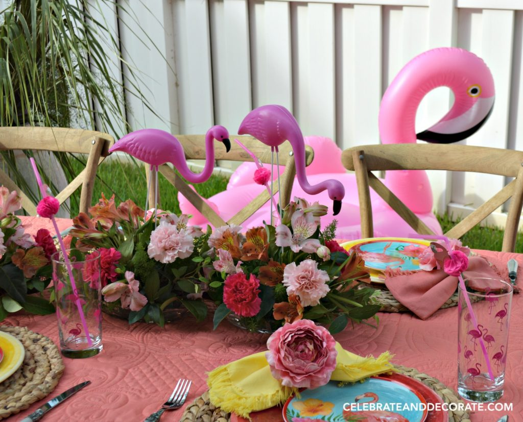 Flamingos everywhere at this fun summertime dinner.