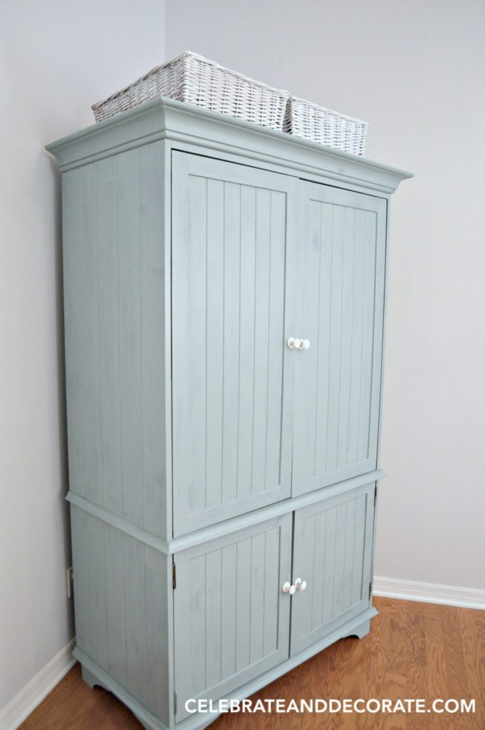 Milk Paint Furniture Restyle