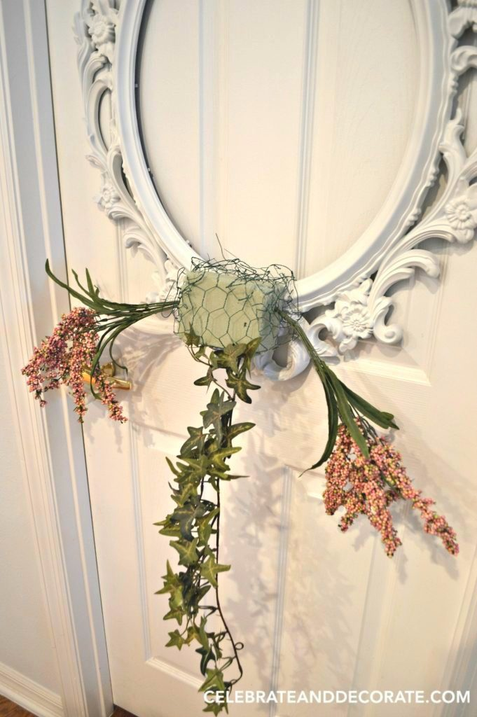 DIY Picture Frame Wreath - Celebrate & Decorate