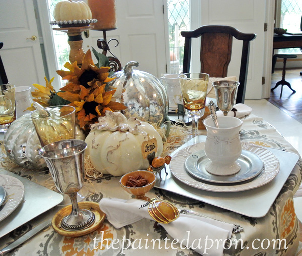 fall-white-table-thepaintedapron-com