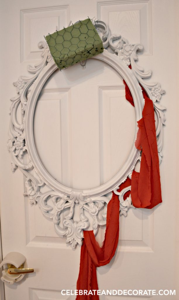 make-a-halloween-wreath-on-a-picture-frame