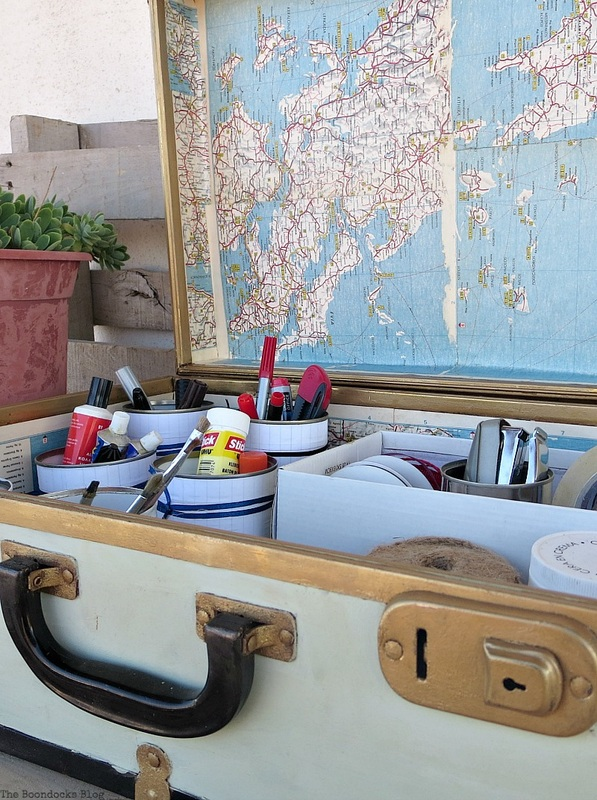 inside-suitcase-18_orig