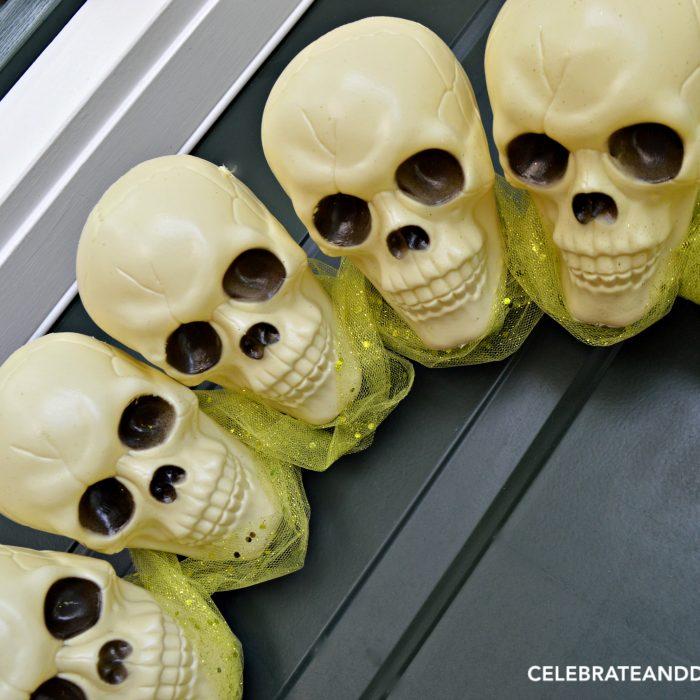 diy-dollar-store-skull-wreath